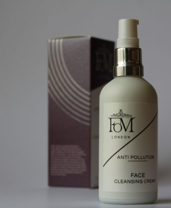 anti pollution face cleanser