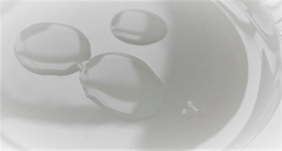 Hyalouronic anti -pollution serum